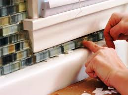 How To Fit Kitchen Cabinets How To Install A Tile Backsplash How Tos Diy