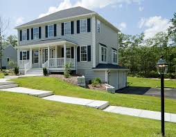 hipped roof house plans hip roof colonial house plans escortsea