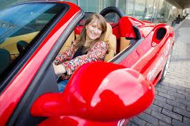 car ferrari pink vip ferrari f360 vairavimas miesto gatvėse laisvalaikio dovanos