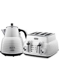 Delonghi Icona Toaster Green De U0027longhi Scultura 4 Slice Toaster And Kettle Bundle White Gloss