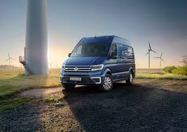 volkswagen new van volkswagen unveils e crafter electric van 124 mile range arrives