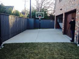 maximum grade for a driveway fitting in a basketball court