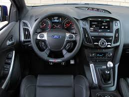 2013 ford focus se sedan charcoal black dashboard photo 72103863
