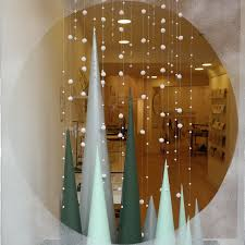 Funny Christmas Window Decorations by Best 25 Winter Window Display Ideas On Pinterest Winter