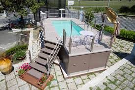 rivestimento in legno per piscine fuori terra piscine fuori terra unicapool by f lli aquilani solarium su misura