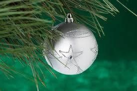 Cvs Christmas Lights 9 Easy Christmas Tree Decorations For The Kids