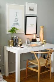 Desk Decorating Ideas Best 25 Feminine Home Offices Ideas On Pinterest Home Office