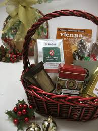 where to buy gift baskets gift baskets vienna coffee company