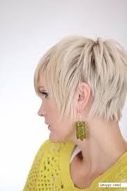 neckline photo of women wth shrt hair 23 short layered haircuts ideas for women popular haircuts