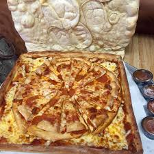 pizza topped pizza in a box made of pizza dvd talk forum