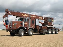 kw w tri drive twin steer truck mounted crane twin steer
