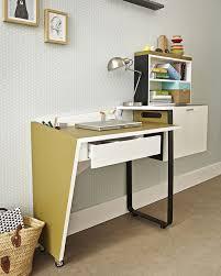 le bureau originale etagere sur bureau dans le bureau échelle une solution gain de place