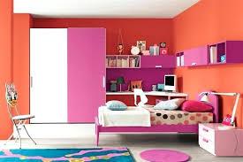 aménagement chambre bébé petit espace deco chambre espace chambre dado fille aux couleurs flashy deco