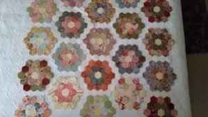 grandmother u0027s flower garden quilt u2013 u2013 the fox and the hen