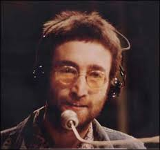 Oggi, 8 ottobre, John Lennon avrebbe compiuto 70 anni e Google festeggia l'evento con un doodle animato. Il leader indiscusso dei Beatles ha lasciato un ... - google-john-lennon