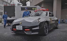 nissan 370z tokyo police department adds nissan 370z nismo cop cars to fleet