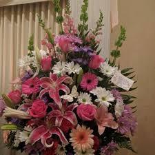 flower delivery reviews streamwood florist 12 photos 19 reviews florists 1066