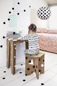 fabriquer bureau enfant fabriquer un bureau et un tabouret en