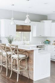 White Kitchens With Islands by Best 20 Rustic Chic Kitchen Ideas On Pinterest Country Chic