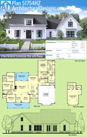 House Plans With Media Room Plan 51754hz Modern Farmhouse Plan With Bonus Room Farmhouse