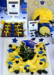 Diy Graduation Centerpieces by Brave Diy Graduation Party Decorations Be Inexpensive Article