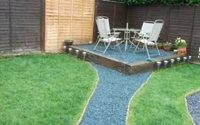 finish your garden with decorative bark the garden