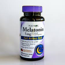 how long before bed should you take melatonin should you worry about serious melatonin side effects the