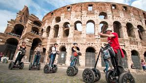 ancient and recent tour colosseum rome with virtual reality