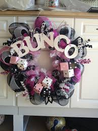 Halloween Bunco Party Ideas by Bunco Wreath Ok Now This Is Excessive Worse Than The Door