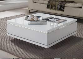 table basse carrée à tiroirs laqué blanc à led bozy lestendances fr