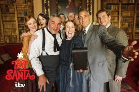 Seeking Cast Santa George Clooney Joins Downton Cast Before Text Santa Special