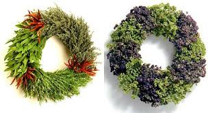 Decorating Christmas Wreaths Ideas by These Great Christmas Wreath Ideas Are Sure To Inspire You Vevu Net
