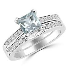 aquamarine wedding rings princess aquamarine diamond engagement ring set