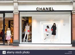 luxury clothing shops stock photos u0026 luxury clothing shops stock