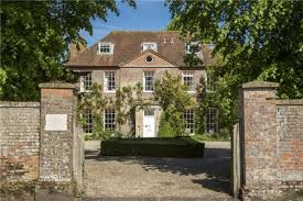 7 Bedroom House by 7 Bedroom House For Sale In High Street Chieveley Newbury