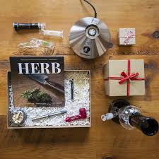 holiday gift ideas for medical marijuana patients leafly