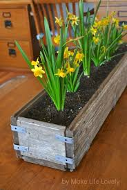 Walmart Planter Box by Diy Rustic Wood Planter Box Make Life Lovely