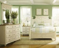 white cottage style bedroom furniture 286 best beachy bedrooms images on pinterest bedrooms bedroom