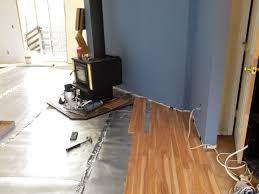 Laminate Flooring Uneven Subfloor Installing Laminate Flooring On Uneven Floors Pictures To Pin On