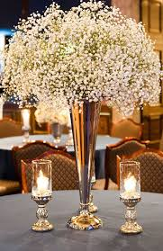 White Christmas Flower Decorations by 12 Christmas Centerpieces