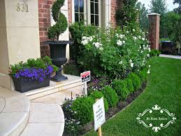Landscaping Front Of House by Flower Bed Designs For Front Of House Unac Co