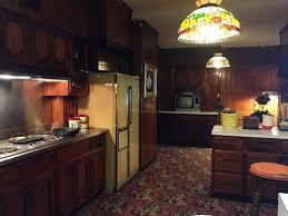 40 combine retro kitchen designs in a modern cozy kitchen space retrokitchen vintagekitchen kitchen design retrodesign