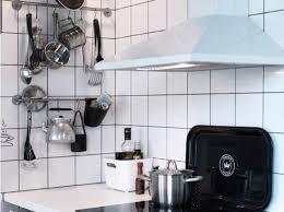 meuble de cuisine cing astuce rangement pour vos moules en cuisine journal des astuce de