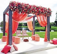 simply chic wedding flower decor ideas wedding reception