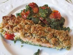 saumon cuisine fut saumon en crumble sur épinards ma cuisine tout simplement