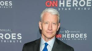 What Desk Is Trump Using by Watch Cnn U0027s Anderson Cooper Sets New Low With U0027dump On His Desk