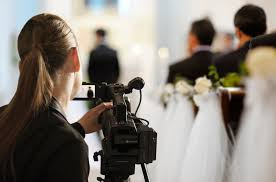wedding videographers find a best wedding videographer value