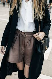 blouse cuisine sailor hat and the knee boots in venice the fashion cuisine
