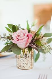 flower centerpieces minimalist posh gold and white wedding flower arrangements