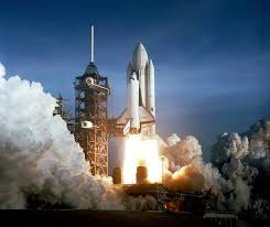 space shuttle the first reusable spacecraft the most amazing